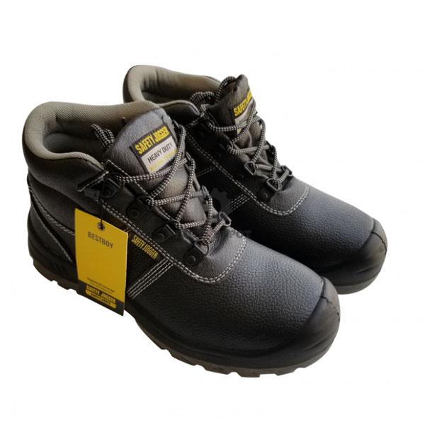 Lựa chọn giày bảo hộ đúng cách