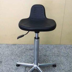 ghế tĩnh điện mặt hình yên ngựa